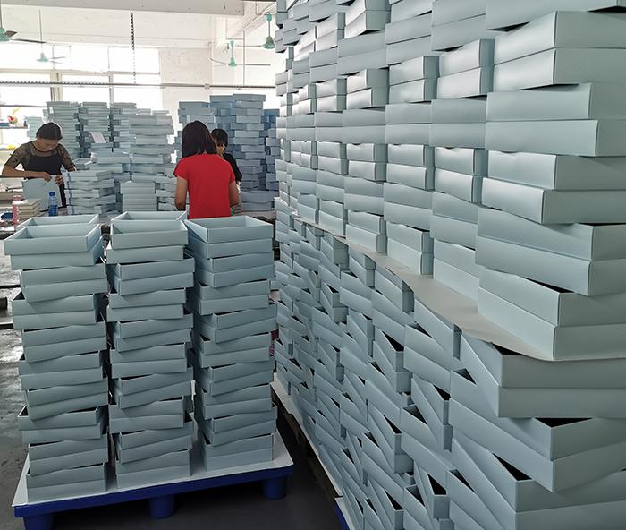 广州礼品包装盒厂家