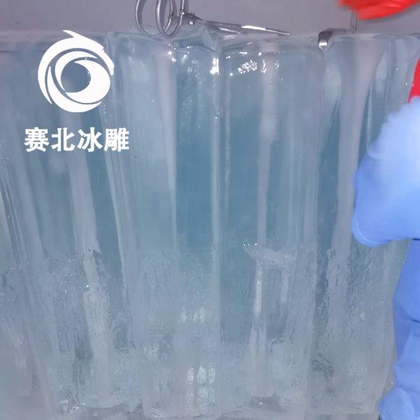 制作冰雕的冰哪里来的