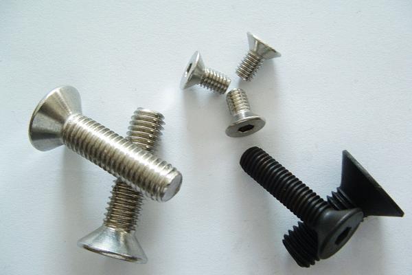 自攻螺丝型号会影响到产品的价格么