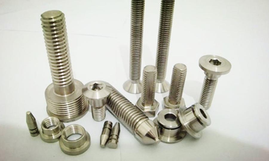 純鈦螺絲和不銹鋼螺絲